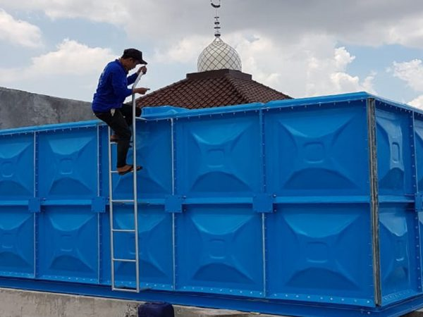 Water Roof Tank